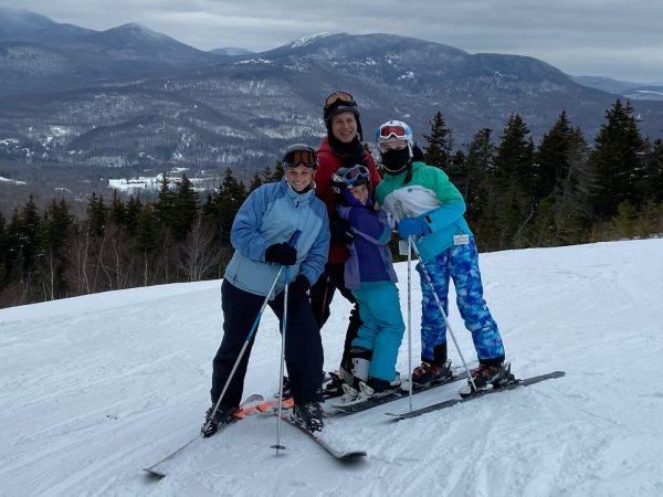 2020-02 Family Skiing